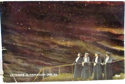 1909 Postcard 4 Ladies At Entrance To Mammouth Cave Ky