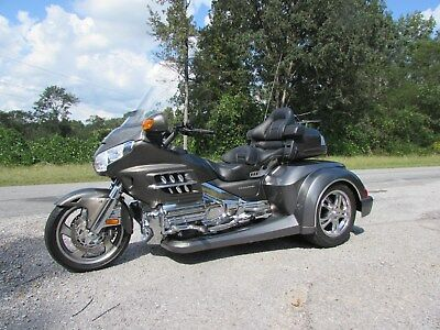 2009 Honda Gold Wing  2009  HONDA GOLDWING GL1800 NEW  ROADSMITH HTS1800 TRIKE WITH RUNNING BOARDS