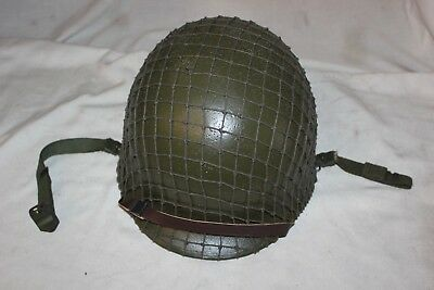 US Military Issue WW2 SWIVEL BALE Front SEAM M-1 HELMET Complete with Linner 2A