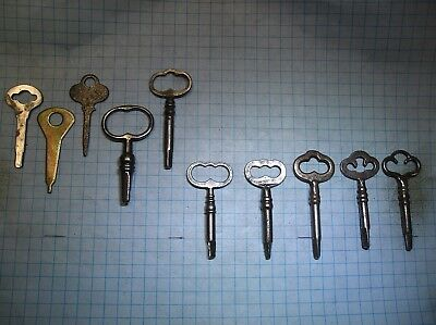 Lot Of 10  Sewing Machine Keys 5 Triangle - 5 Square - Singer