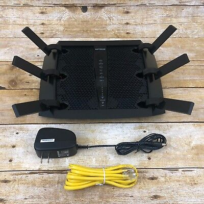 Netgear Nighthawk X6 AC3200 1300 Mbps 4-Port GB Router R8000 Tri-Band