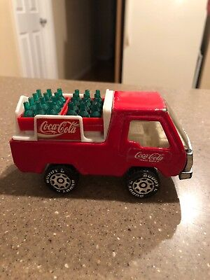 1982 Buddy L Coca-Cola Truck with Bottles Coke Cases Case green bottles Macau
