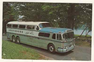 Postcard Showing A Greyhound Scenicruiser Bus 1961