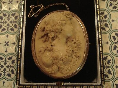 Exquisite Antique Victorian; Hand Crafted Neoclassical Lava Cameo Gilded Brooch