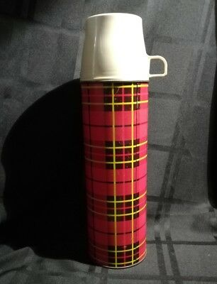 Thermos King Seely Vintage 1 Quart Red Plaid 1964 #22442