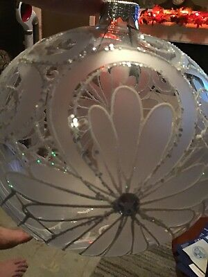 Allen + Roth Handcrafted European Glass Christmas Ball Large