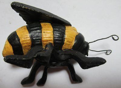 Vintage Cast Iron 4 inch long GIANT BEE EC