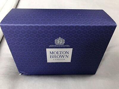 Molton Brown 300ml Ladies Gift Set Pink Pepperpod, Davina Blossom, Lily rrp £55