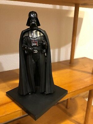 Darth Vader Collectable Figurine with Magnetic Base
