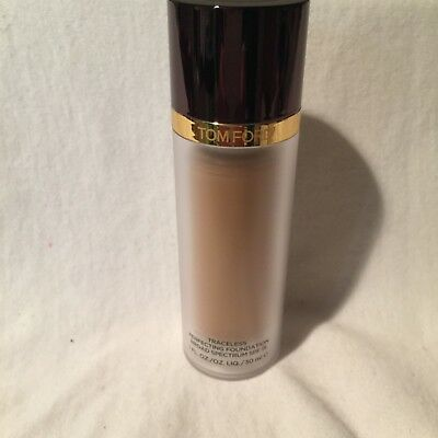 Tom Ford Traceless Perfecting Foundation 06 Sable