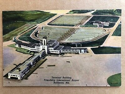 Vintage 1953 Postcard  The Hangars, Washington DC National Airport, no postmark