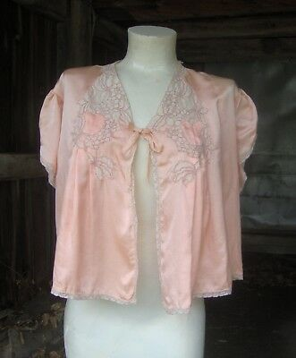 Vintage 1930's 1940's Peach Silk and Lace Bed Jacket * Small to Medium