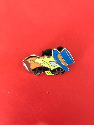 Disney 2016 Mystery Racer Series Pinocchio Jiminy Cricket Race Car Pin New