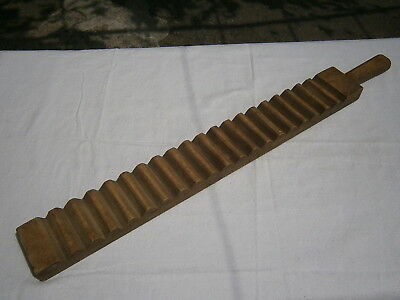 Antique Laundry Stick Carved Ridged Wood Washboard Clothes Bat Hand Wash Tool