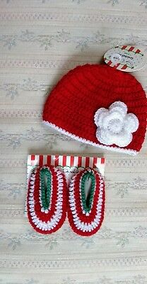 BABY ESSENTIALS HAT   Booties My First Christmas Set Size 0-6 Months ... 4856a84fcc0