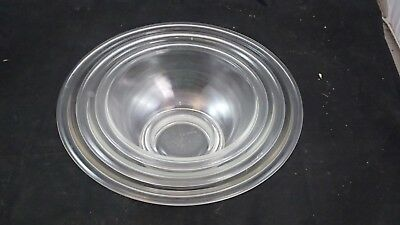 Set of 3 Pyrex Clear Glass Nesting Mixing Bowls- 2.5L, 1.5L, 1.0L