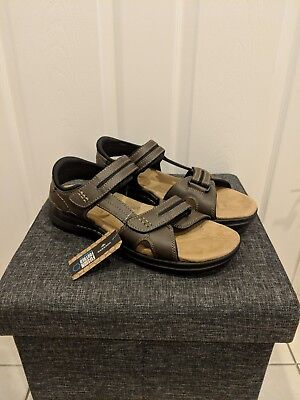 8955252baf33 Dockers Solano Brown Leather Sandals Fusion Footbed Men s Shoes size 13 New  Tags