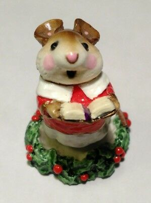 Wee Forest Folk Choir Mouse M-147 Mint Original Box, Retired, Christmas 1987