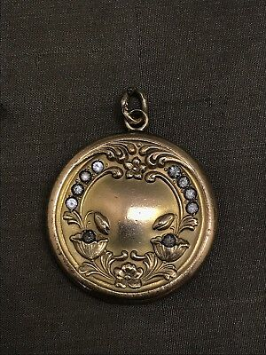 BEAUTIFUL ANTIQUE GOLD FILLED ART NOUVEAU LOCKET - AS IS - Clasp Needs Repair