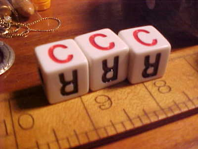 1- LCR Game Left Center Right Dice Family Games Yahtzee L R C RLC CLR color RED