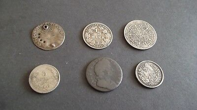 INTERESTING JOB LOT OF OLD COINS  99p J64-3