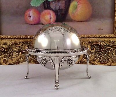 Fine Quality Sheffield Chased Silver Plated Roll Top Butter/Caviar Dish C1930