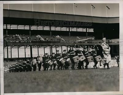 1937 Press Photo New York Chicago American Legion band in contest in NYC