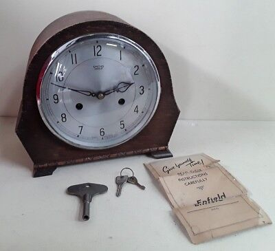 Vintage Smiths Enfield Clock Co. 8 Day Wooden Mantle Clock With Key (A13NOV)