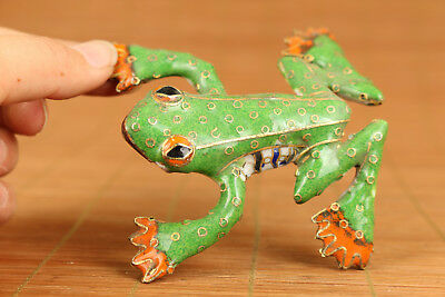 Fortune Chinese Old Green Cloisonne Handmade Carved Frog Statue Figure