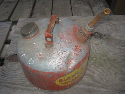 Eagle Model A  2 1/2 Gallons Vintage Kerosene Oil Can Gas Can Metal Can