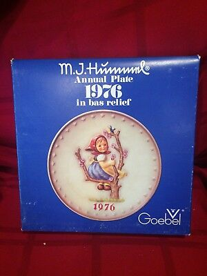 1976 M.J. Hummel Annual Plate of the Year Goebel Germany  W/Box