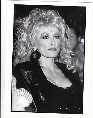 DOLLY  PARTON - hollywood COUNTRY SINGER/movie actress 1990s   FAN  photograph