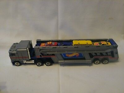 vintage hot wheels car carrier 1986 semi truck with cars 15 00 rh picclick com hot wheels car carrier case hot wheels car carrier truck toys r us