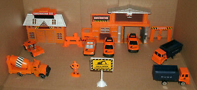 1/64 Scale Construction Work Site Diorama - Building Office and Diecast Vehicles