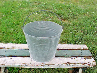 Vintage Garden Farm Galvanized Bucket 10 Quart     #2