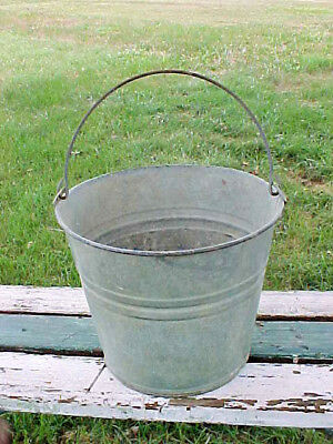 Vintage Garden Farm Galvanised Bucket 10 Quart