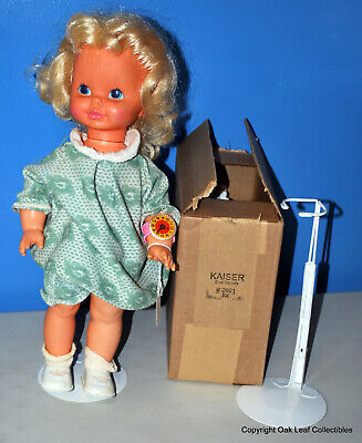 """3 Kaiser 2601 White for 14-22"""" 18"""" tall Doll Stands"""
