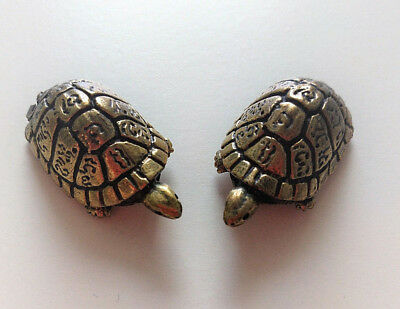 2pcs THAI AMULET TURTLE SHAPED PROTECTIVE MAGIC HOLY WEALTH LOVE CHARM