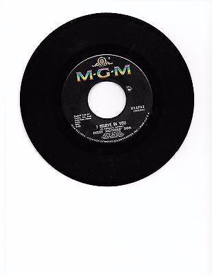 MGM Records 45 RPM Record    Every Mothers' Son    I Believe In You