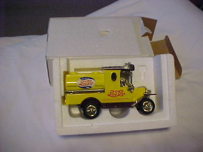 "Yellow Pepsi~Cola Diecast Truck  New In Box, 6"" Long  ****"