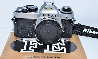Nikon FE body chrome; Top aus Sammlung