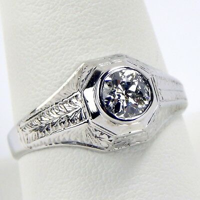 Art Deco circa 1930's 6 mm Diamond Solitaire Ring 18 kt White Gold Size 10 A5273