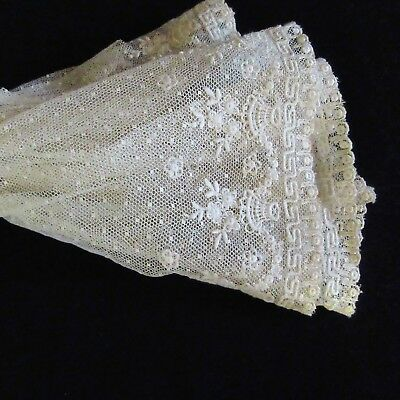 ANTIQUE Embroidered Net Tulle  LACE Flounce DAINTY Baskets of Flowers Doll trim
