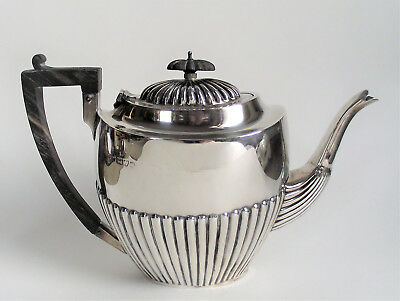 Antique EDWARDIAN Sterling Silver TEAPOT English Solid England 1902 Chester 493g