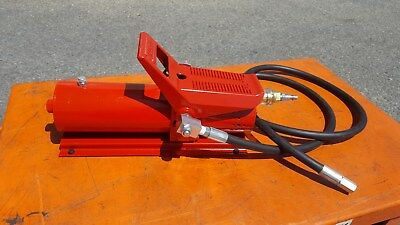 """Hydraulic Air Foot Pump 10,000psi With 1.5 Meters Hose & 1/4"""" Fitting"""