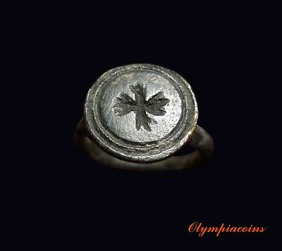 ** AMAZING **  Ancient ROMAN Bronze ring ** EAGLE **