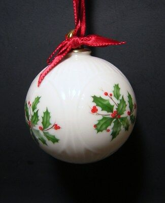 VINTAGE 1995 LENOX HANGING CHRISTMAS ORNAMENT #11 Ball with Hollyberry