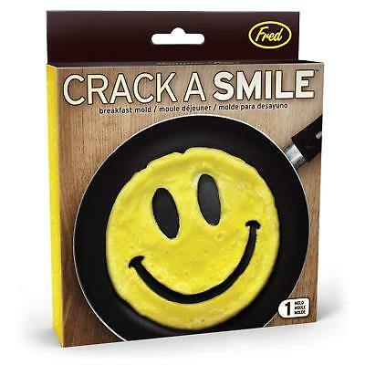 Fred /& Friends Crack a Smile Breakfast Egg//Pancake Mold and Plate Set Space