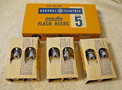 Vtg NOS Box 12 General Electric #5 Flashbulbs, Class M Sure-Fire for Color Film
