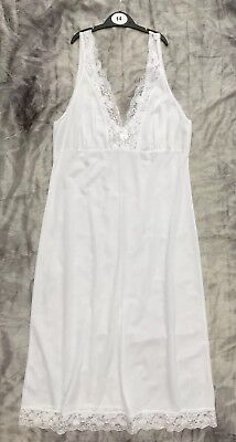 21 White Full Slips Nighties Lace Cups & Hem All Size 14 Wholesale Lingerie Lot
